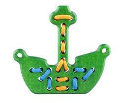 Drevená hračka přešívanka Lupo Toys Pirate Boat