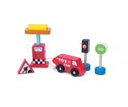 Autíčko s benzínovou pumpou Le Toy Van